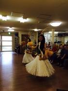 タヒチアンダンスの衣装「モレ」